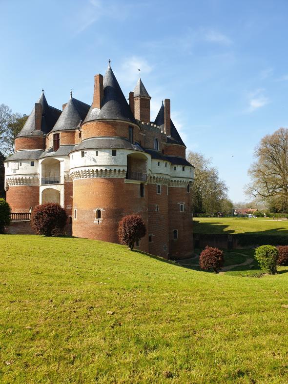 Le château fort de Rambures